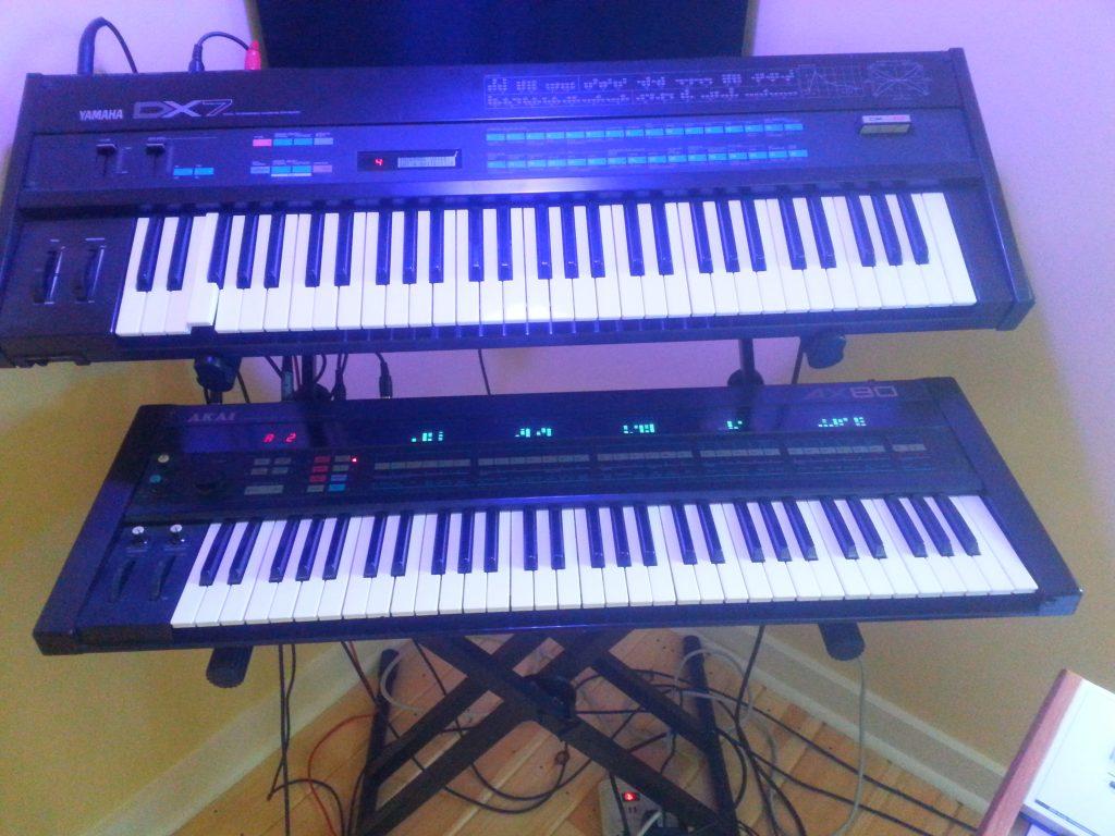 The Akai AX80 in my studio, underneath a DX-7.